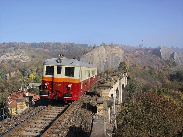 Train ride through the city